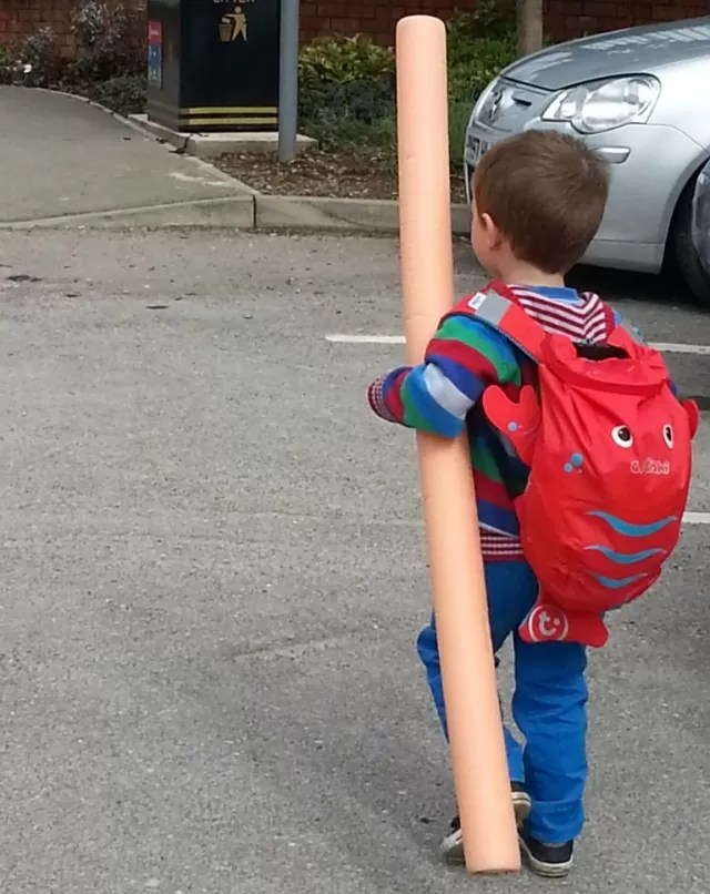 .man-on-a-mission-en-route-to-swimming-with-Trunki-Paddlepak