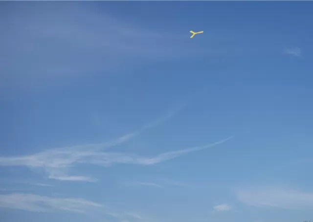 boomerang mid flight