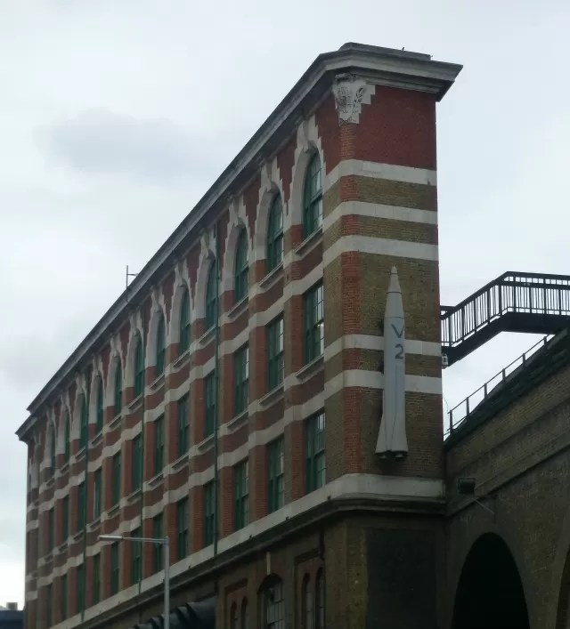 narrow building at London Bridge station