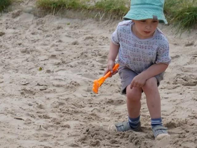 sandpit fun and digging
