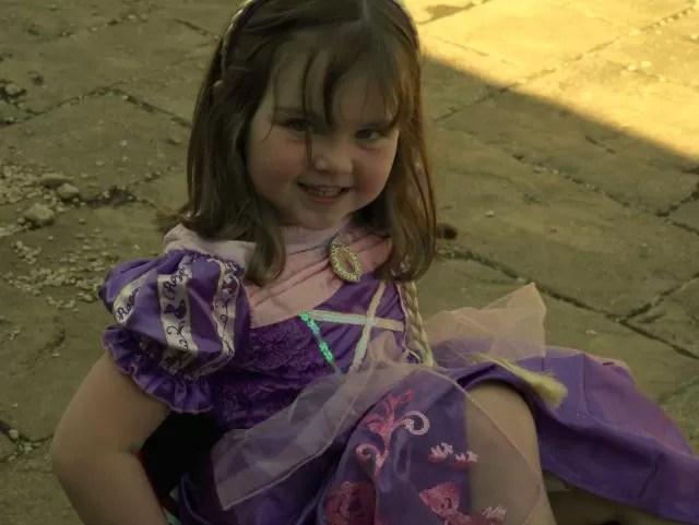 Rapunzel fancy dress outfit