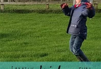 Old skool frisbee fun with family