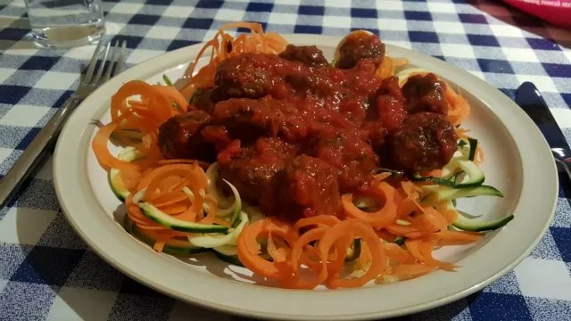 meatballs and vegetable spaghettei