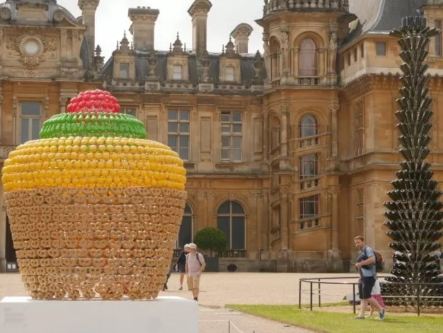 fruit basket sculpture at Waddesdon
