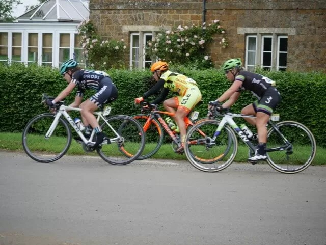women's tour cycling in Warwickshire