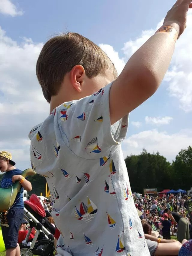 dancing to Justin Fletcher at Geronimo