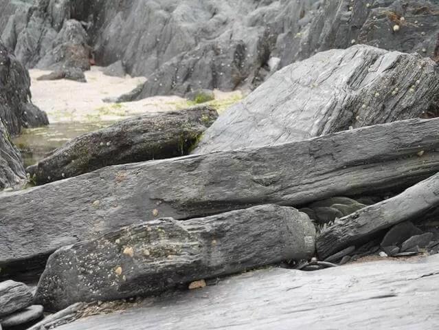 rocks at Watersmeet beach