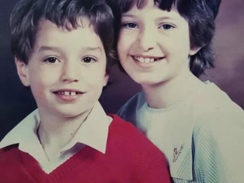 school photo siblings