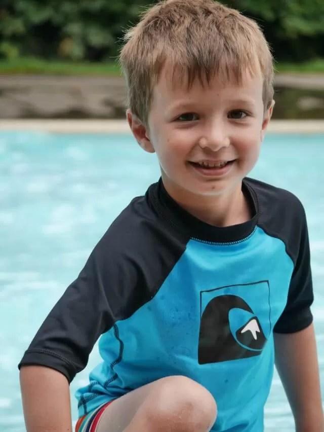 Living ARrows- paddling pool fun