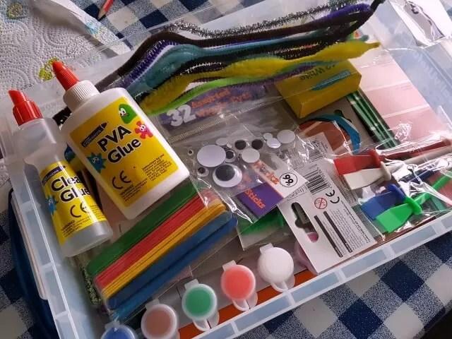 chilren's craft box content