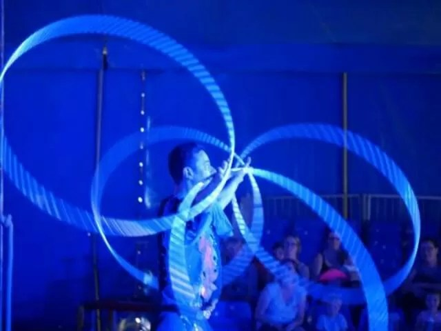 circus-hoops-display