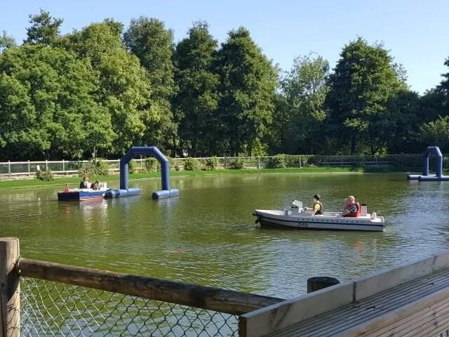 boating-lake-at-tamba-park