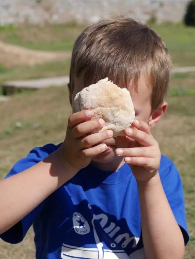 lunch-sandwich-at-elizabeth-castle