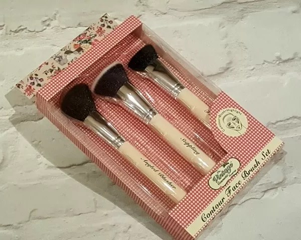 Vintage Cosmetic Company 12 days Advent Calendar giveaway