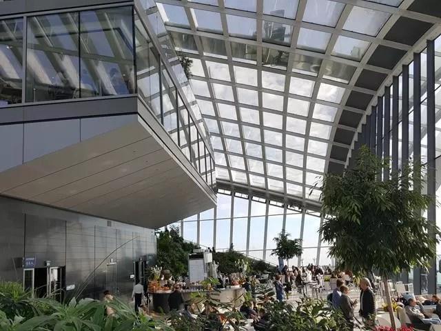 sky-gardens-bar-area