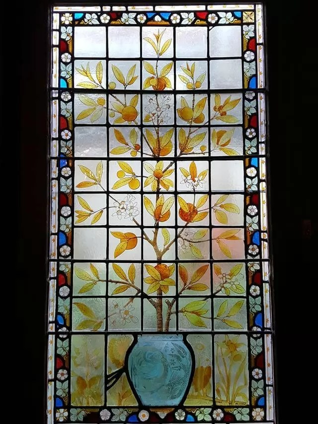 stained-glass-window-at-stafford-terrace