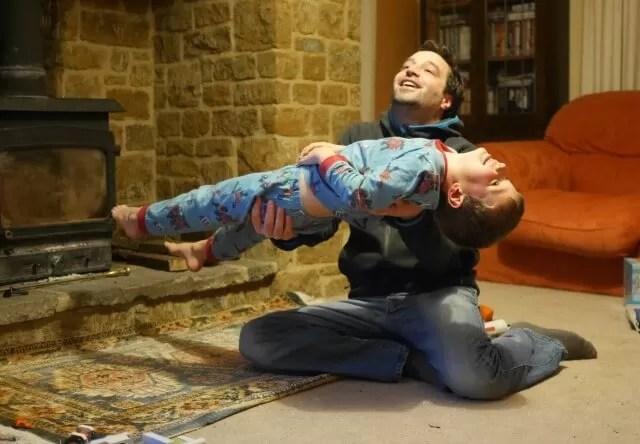 arm exercises - lifting children
