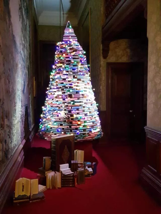 book tree at waddesdon