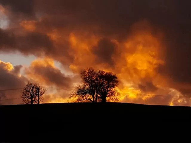 My Sunday Photo - Fiery sunset sky - Bubbablue and me