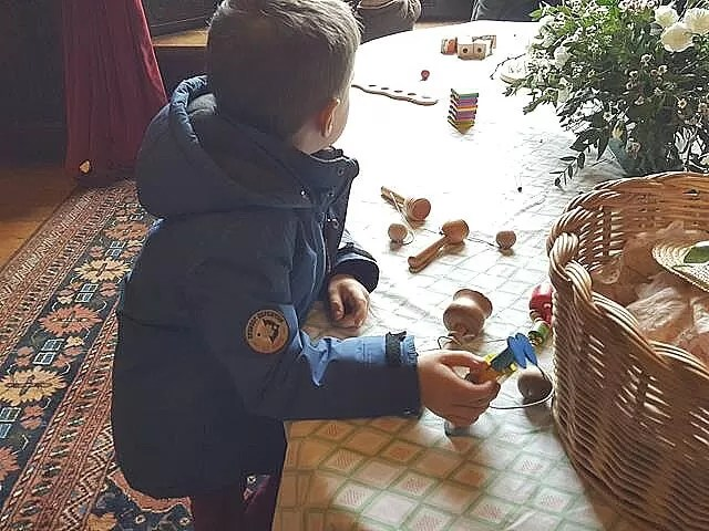 playing victorian games