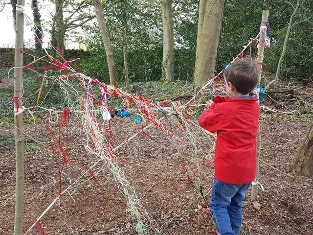 making spiders webs