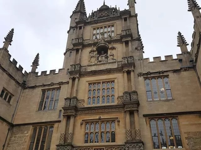 quandrangle buildings at Bodleian library
