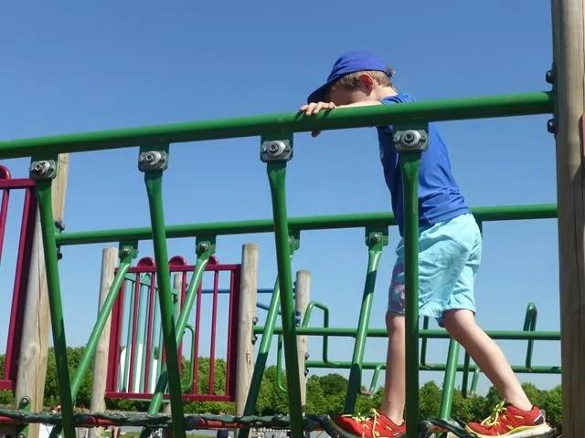 playground walkways