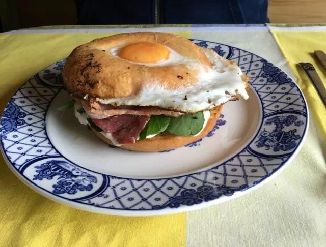 Egg-Bacon-Cream-Cheese-Bagel-