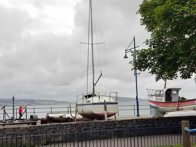 boats in mumbles bay