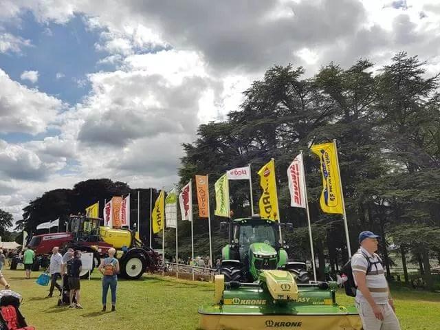 farm vehicle flags
