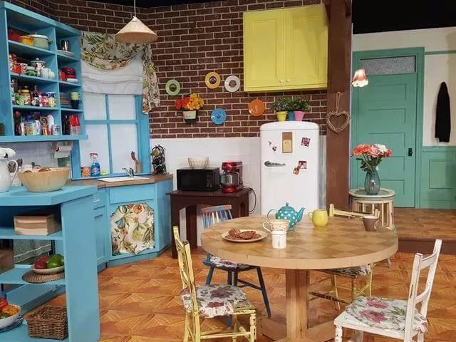 Monica and Rachel's kitchen
