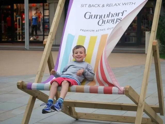 giant deckchair at gunwharf quays
