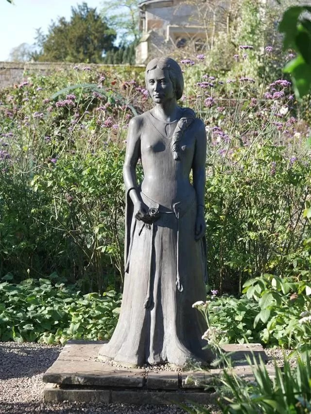 My Sunday Photo Coughton Court statue