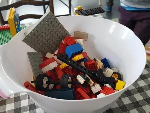 choosing lego pieces