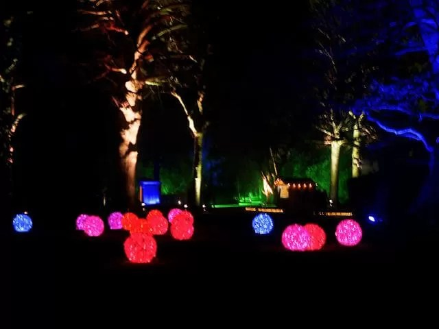 balls of lights