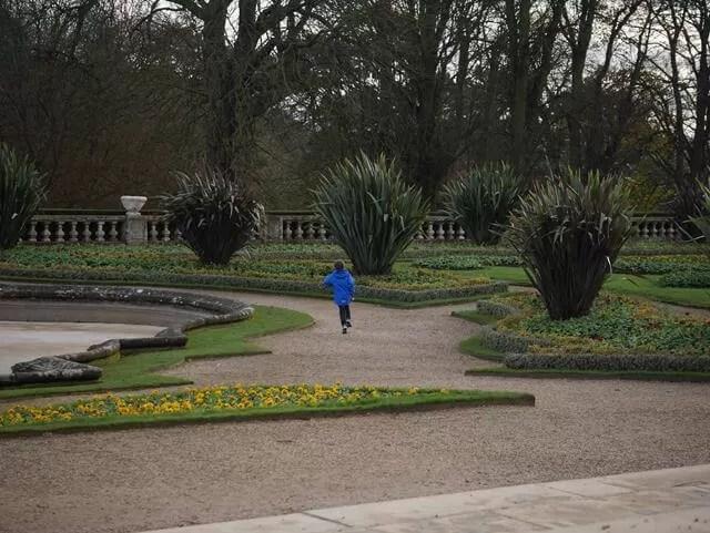 running round the garden