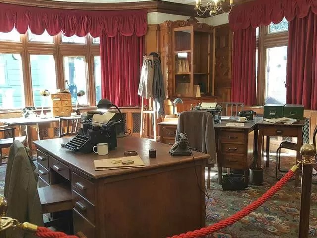bletchley park mansion office