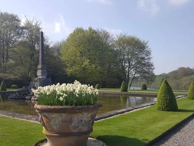 formal gardens at blenheim