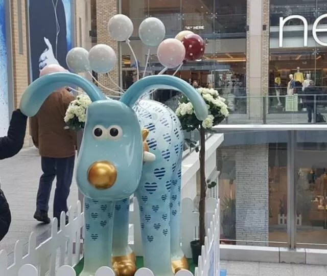 gromit dreams and balloons