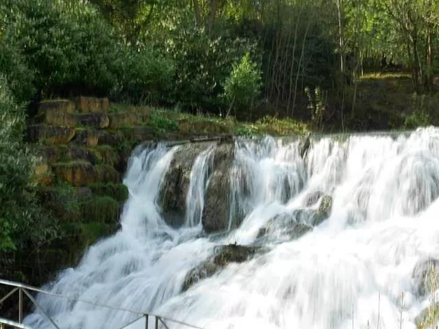 long exposure cascades