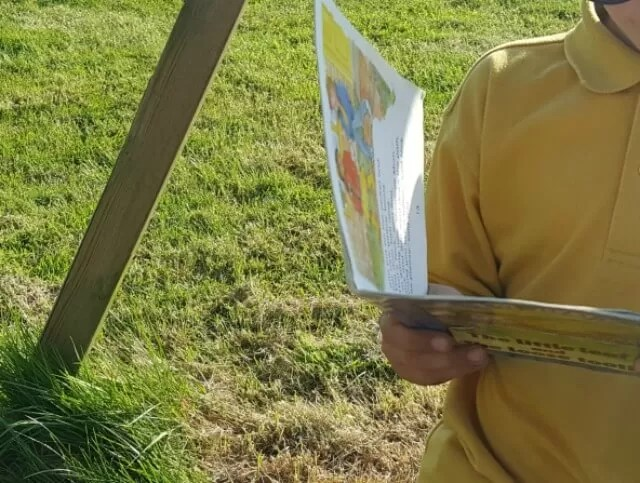 reading sxhool books outside