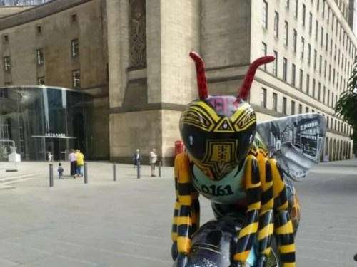 Bee in the city trail manchester - Bubbablue and me
