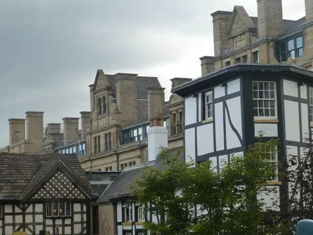 old buildings in manchester