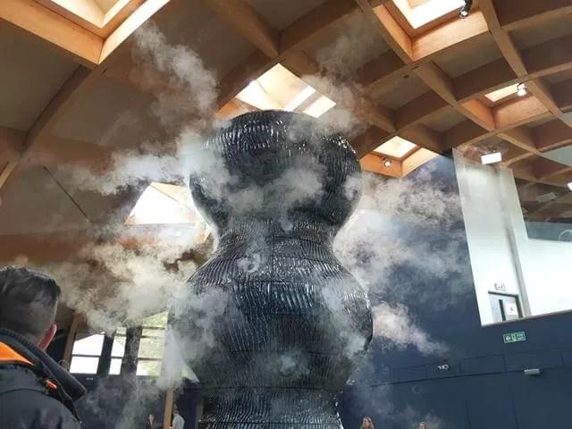 smoking sculpture at eden project