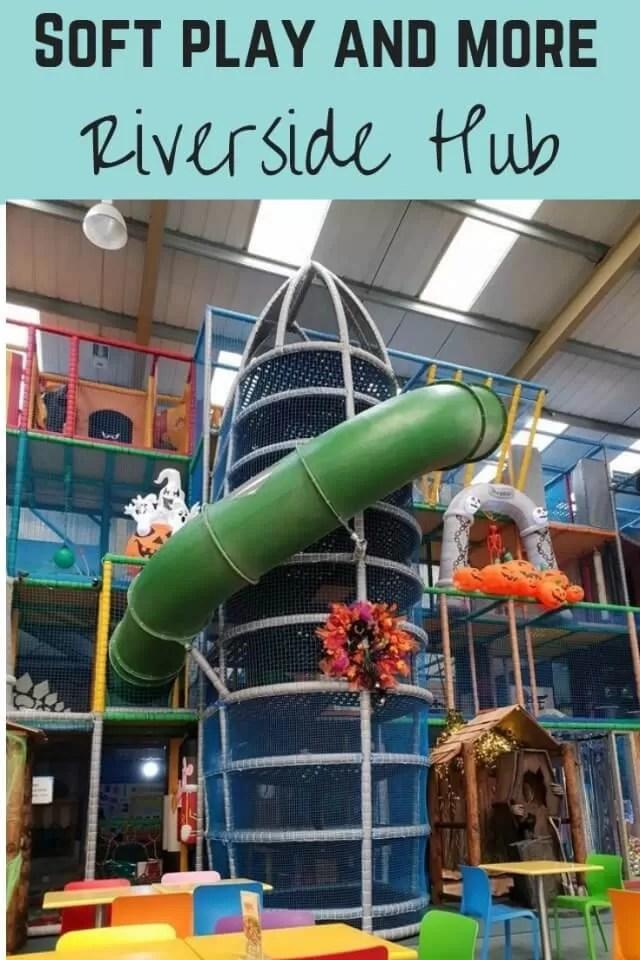 Riverside hub - bubbablue and me