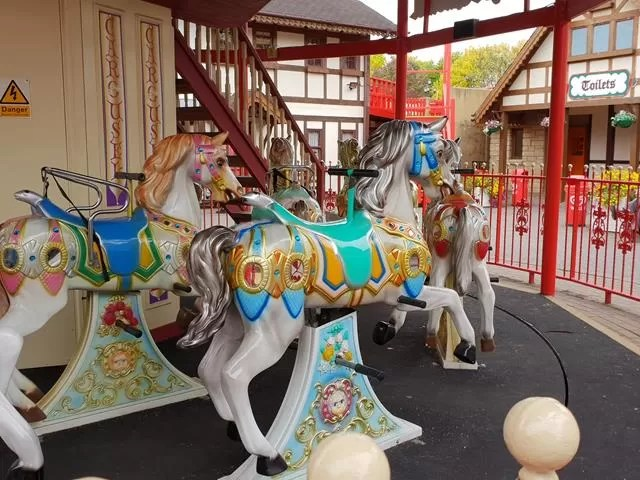 carousel at gullivers land