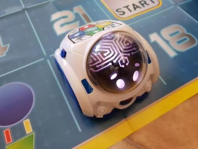 mind robot up close