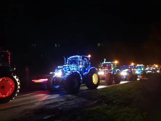 tractor run all with lights