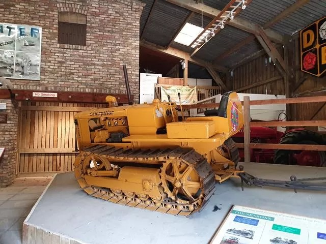 old caterpillar vehicle