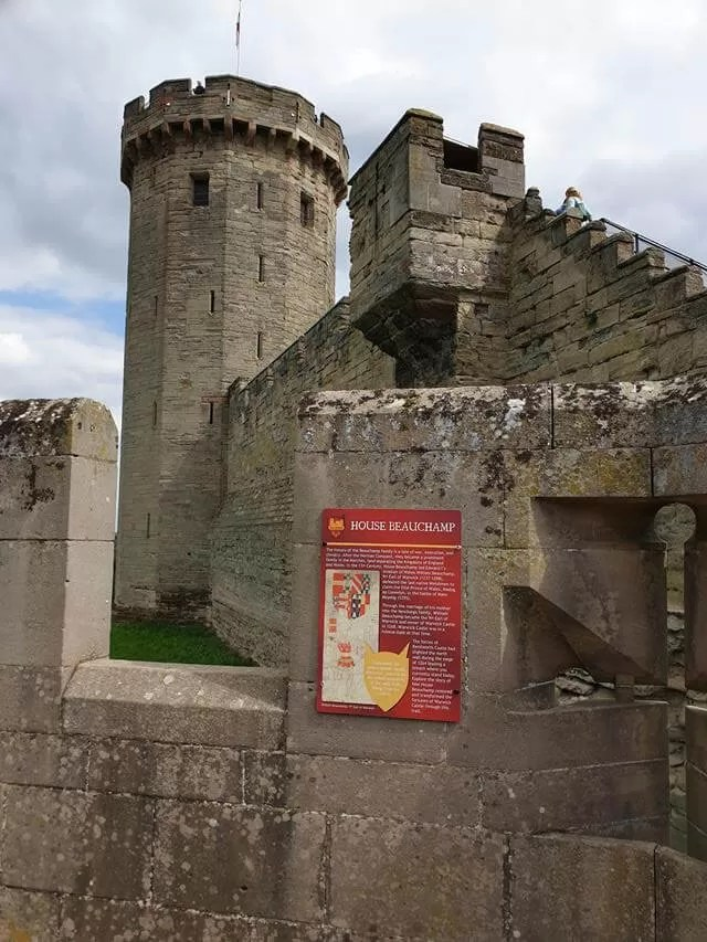 towers at warwick castle